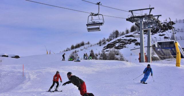 """<span lang =""""it"""">Turismovialattea: Capodanno sugli sci in attesa che il 2019 porti ancora neve fresca! Domenica 30 la grande fiaccolata dei Maestri di Sci a Sestriere. Confermato al Colle lo spettacolo pirotecnico per salutare l'arrivo del 2019.</span>"""