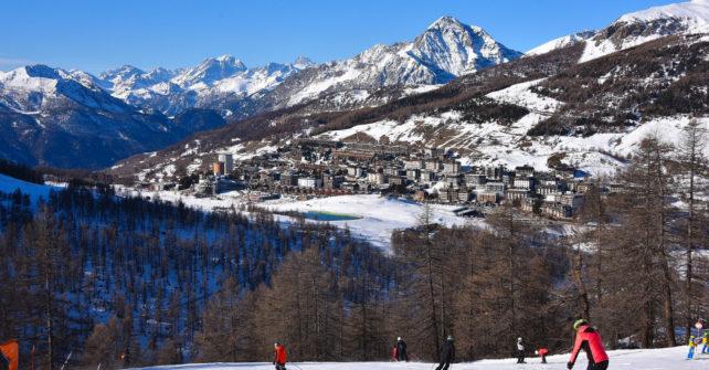 """<span lang =""""it"""">Turismovialattea: gennaio sugli sci con piste e collegamenti aperti</span>"""